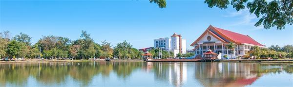 甘烹碧皇家大学,泰国大学,海内外教育