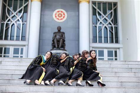 泰国国立发展管理学院,泰国大学,海内外教育