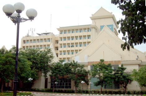 泰国素林皇家大学,泰国大学,海内外教育