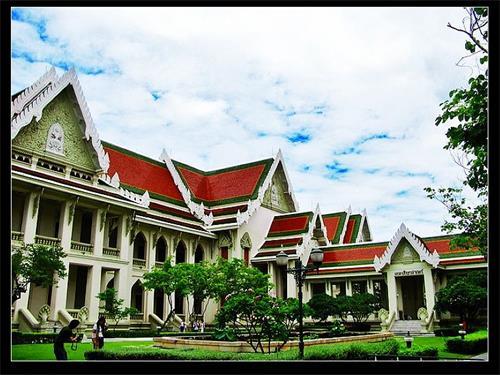 泰国朱拉隆功大学(Chulalongkorn University)