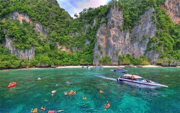 各个阶段泰国留学申请条件解析