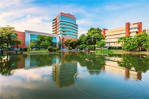 泰国兰实大学(Rangsit University)