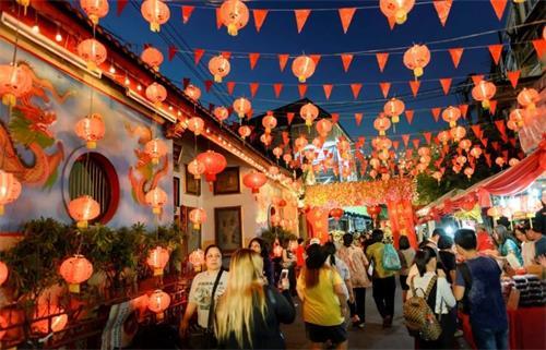 泰国留学生也能过春节了!泰国将中国春节设为法定假日